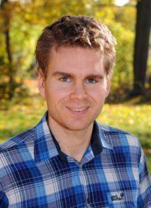 zeigt den Autor von Triathlonportal.net, Reinhard Grimmlinger