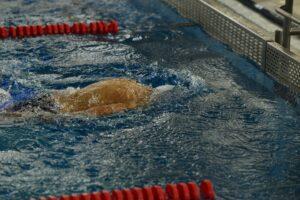Mit erhöhter Zugfrequenz zu besseren Schwimmzeiten?